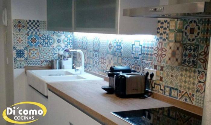 Los salpicaderos en las cocinas tienda de muebles de - Salpicaderos de cocina ...